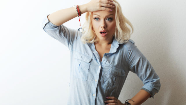 iStock 621595458 640x360 - 【カウンセリング 】50代女性体験談、更年期はこんなに辛いの?突然襲ってくるホットフラッシュの克服法!